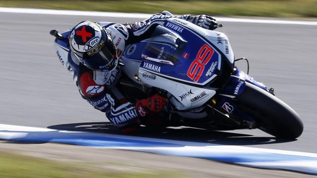 Moto - Lorenzo storms to pole at Motegi