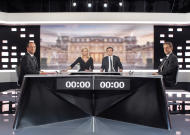 Francia 2012, in tv sfida finale Hollande-Sarkozy: nervosismo e accuse