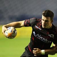 Matt Scott has agreed a new deal with Edinburgh
