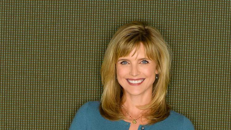 Courtney Thorne-Smith stars as Cheryl on According to Jim.