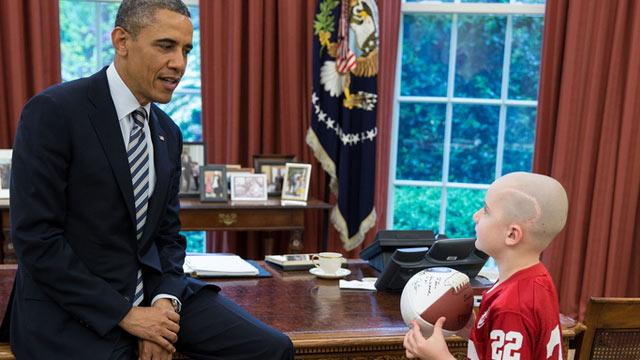 7-Year-Old Cancer Patient Turned Football Star Meets Obama