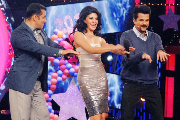 Jacquelines grooves with Salman and Anil
