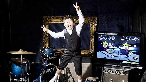 Youngest gamer to achieve a perfect score in Dance Dance Revolution - Ryoata Wada (9 years, 288 days)
