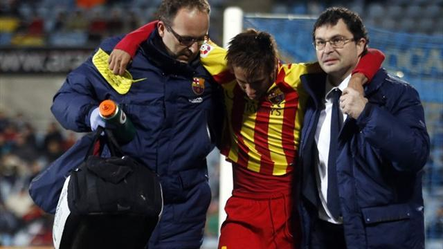 Liga - Barca Copa win over Getafe marred by Neymar injury