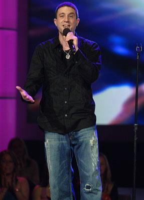 Elliott Yamin performs on March 8 FOX's American Idol