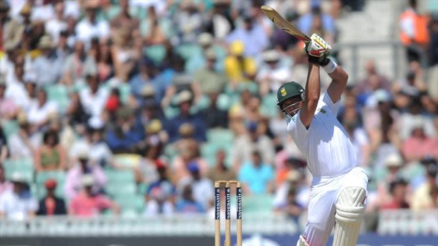 Cricket - Close tussle in Joburg