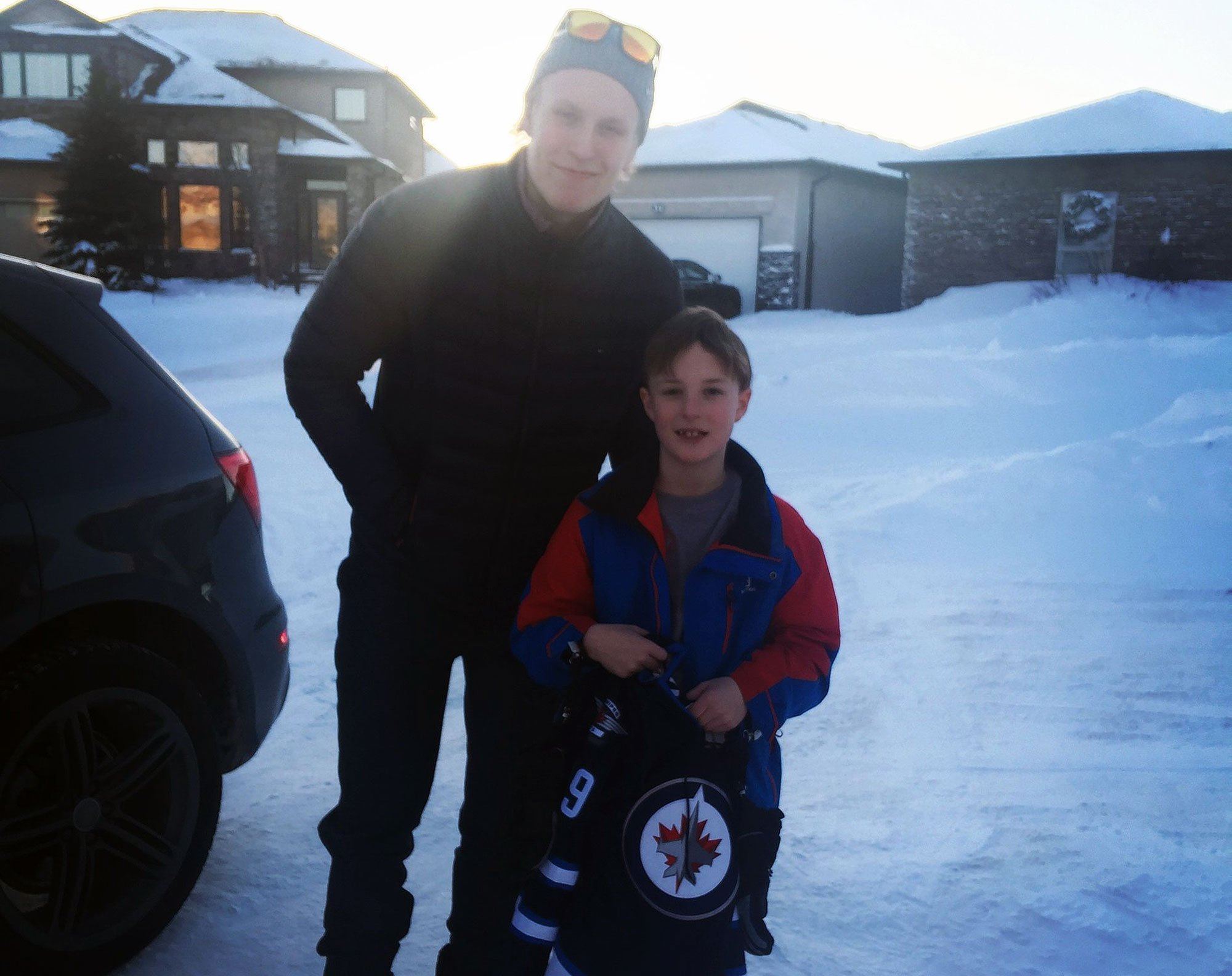 Patrick Laine's birthday surprise (Photo: @marcopolo_1979)