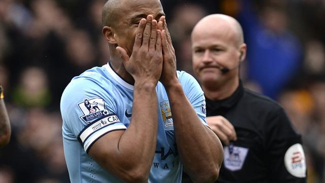 Premier League - Kompany to avoid action, available for Manchester derby