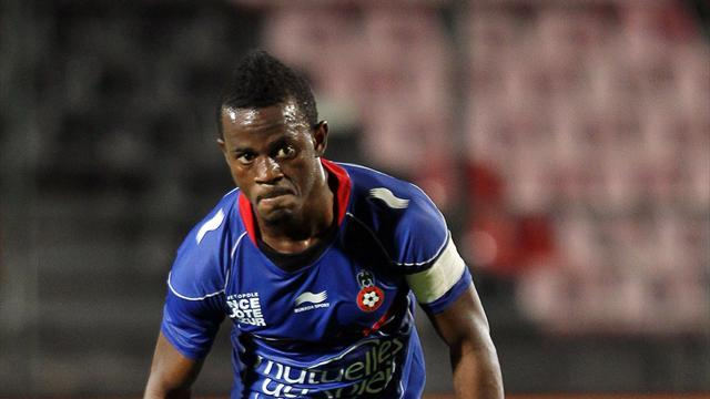 Championship - Coulibaly completes Cherries switch
