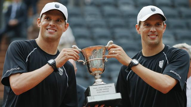 French Open - Bryan brothers do double Slam