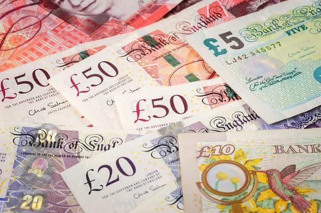 Aggiornamenti sui Mercati – La Sterlina Scende a Seguito delle Dichiarazioni della Banca d'Inghilterra