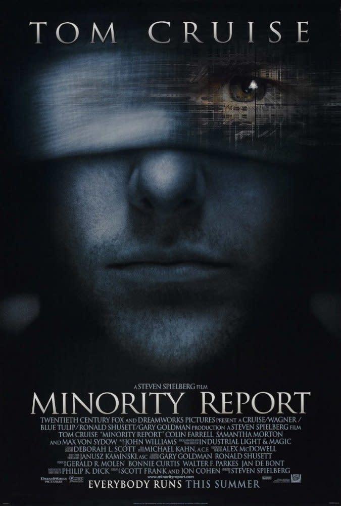 <p>六、《關鍵報告》Minority Report,2002:改編自科幻大師菲力普狄克筆下同名小說,史蒂芬史匹柏的《關鍵報告》也是遭到低估的一部作品。電影在十五年前就預言了人類受高科技所監控的危機,以及依賴科技來判定人類犯罪動機而加以逮捕的矛盾機制。儘管劇情歸功於原著的精采設定,不過史蒂芬史匹柏將文字成真的想像力著實驚人。可惜後來也冒出大量題材類似的科幻片,讓《關鍵報告》較少受到討論,但並不減這部電影對未來世界的預言性。(圖:電影海報/20th Century Fox) </p>