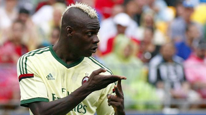 Premier League - Paper Round: Balotelli must sign behaviour bond