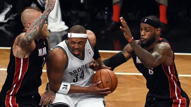 NBA - Nets hand Heat first playoff loss