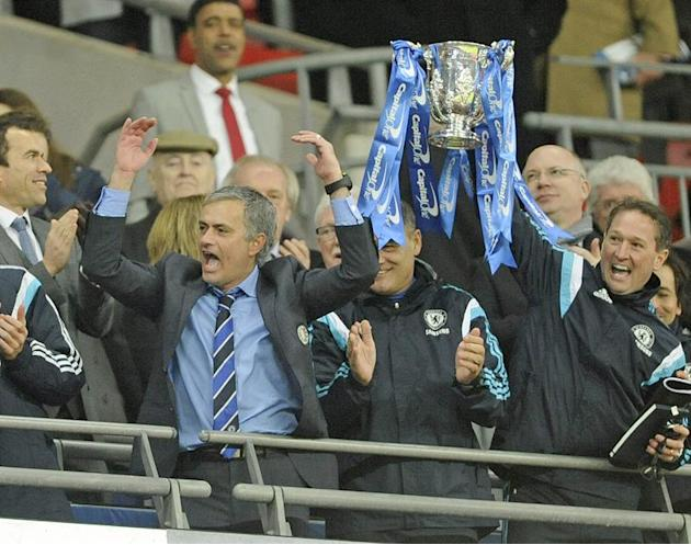 ARA1. London (United Kingdom), 01/03/2015.- Chelsea manager Jose Mourinho celebrates after his team beat Tottenham 2-0 during the Capital One cup final at Wembley in London, Britain, 01 March 2015. (L