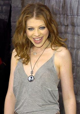 Michelle Trachtenberg enjoys eyeliner. MTV Movie Awards - 6/5/2004