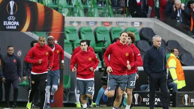 Manchester United's Zlatan Ibrahimovic, Ashley Young, Henrikh Mkhitaryan and manager Jose Mourinho during the warm up before the match