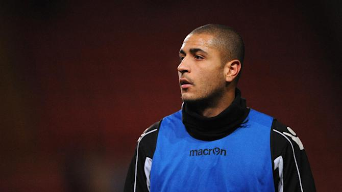 Leon Clarke will see out his loan spell at Scunthorpe