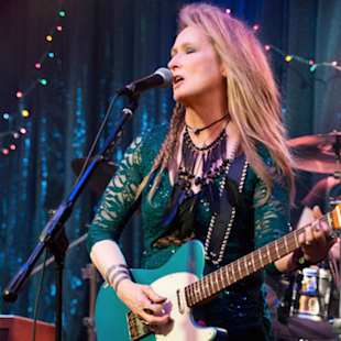 Meryl Streep Rocks Out in 'Ricki and the Flash' Trailer (Video)