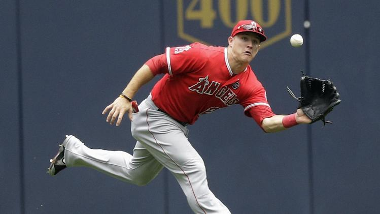 Shuck, Trout rally Angels past Brewers 5-3