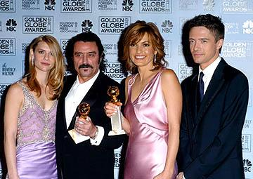 Claire Danes, Ian McShane, Mariska Hargitay and Topher Grace Best Actor and Actress for Drama Series Golden Globe Awards - 1/16/2005