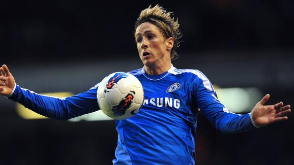 Chelsea's Spanish Forward Fernando Torres Controls AFP/Getty Images