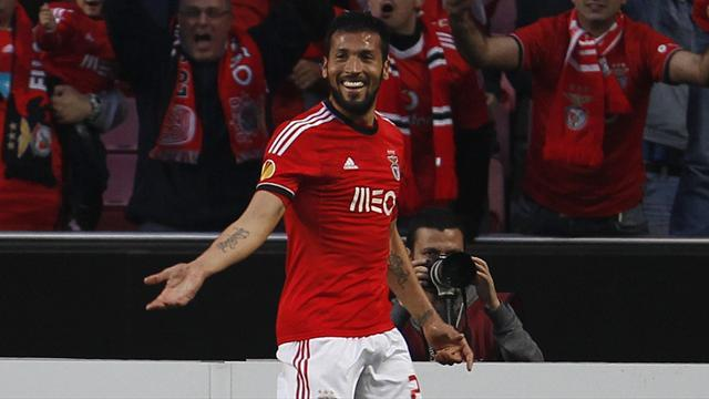 Europa League - Benfica survive late scare to progress at Spurs' expense