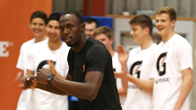 Usain Bolt Meets New Zealand Breakers