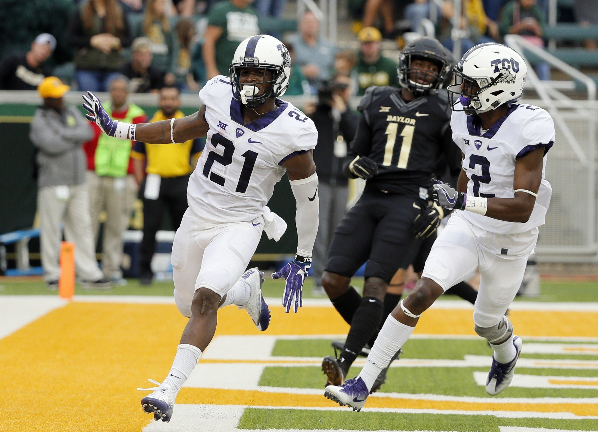 Kyle Hicks led TCU in rushing and receptions in 2016. (AP Photo/Tony Gutierrez)