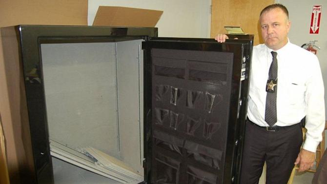 Ohio Man Orders Empty Gun Safe, Finds 300 Pounds of Pot Inside