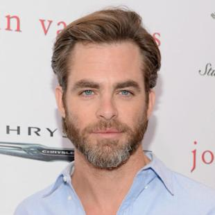 Chris Pine In Talks to Join 'Wonder Woman' as Gal Gadot's Love Interest
