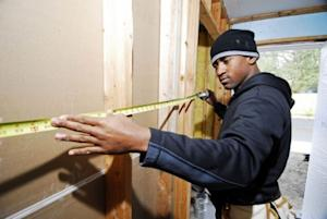 DIY vs. hiring a contractor for home improvement