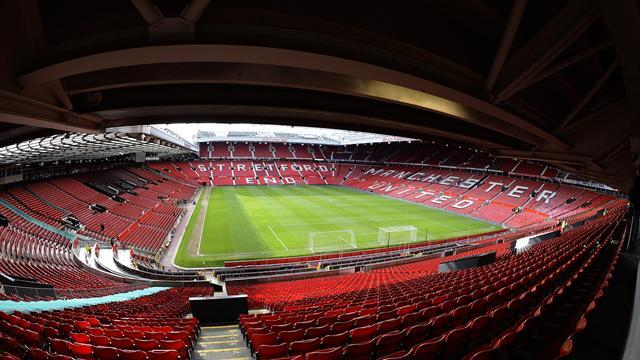 Premier League - Glazers calm over United shares despite price drop