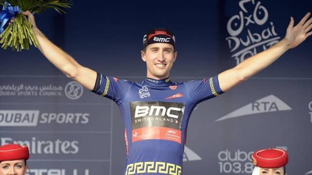 Cycling - Phinney storms to win in Dubai TT opener