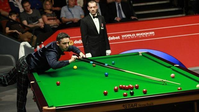 Snooker - Veteran McManus joins O'Sullivan in last eight