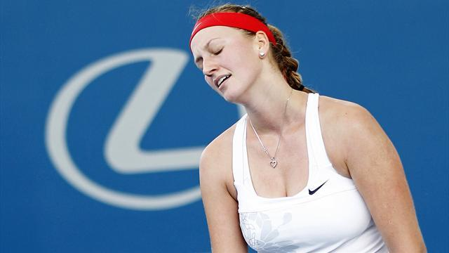 Tennis - Kvitova crumbles to wretched defeat in Sydney