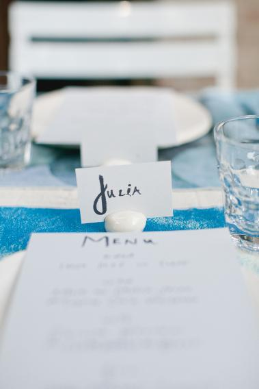 Say yes to place cards