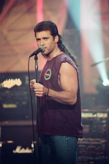 Billy Ray Cyrus s infa...