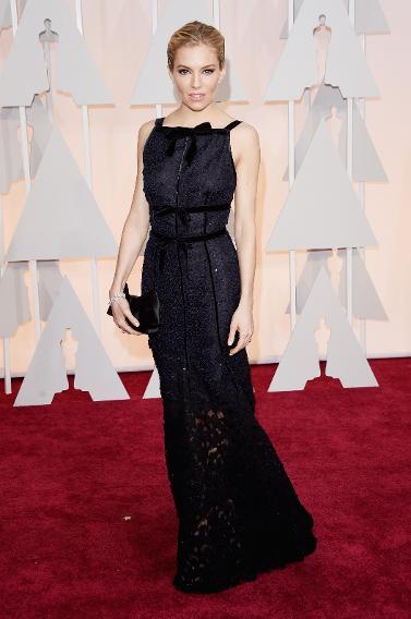 BEST: Sienna Miller in Oscar de la Renta