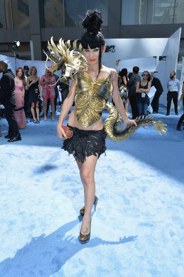 Bai Ling Wears A Gold Dragon At The Mtv Movie Awards