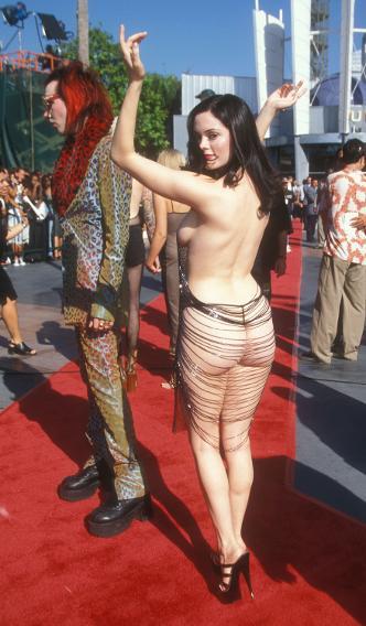 Rose McGowan at the 1998 VMAs