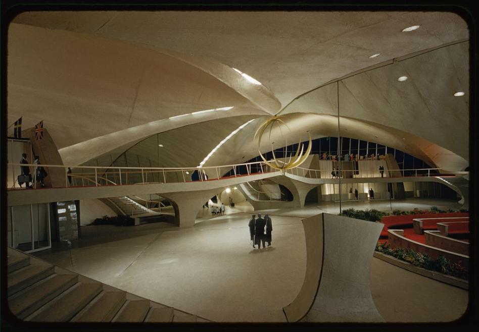A jetblue hotel airline eyeing iconic twa terminal at jfk for Hotel at jfk terminal