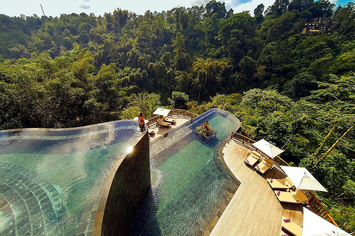 Hanging gardens ubud bali hotel infinity pools you will for Infinity pool ubud