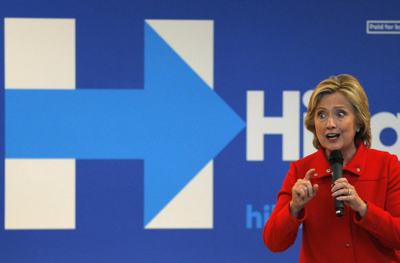 Hillary Clinton dismisses Benghazi 'conspiracy theories' ahead of her testimony