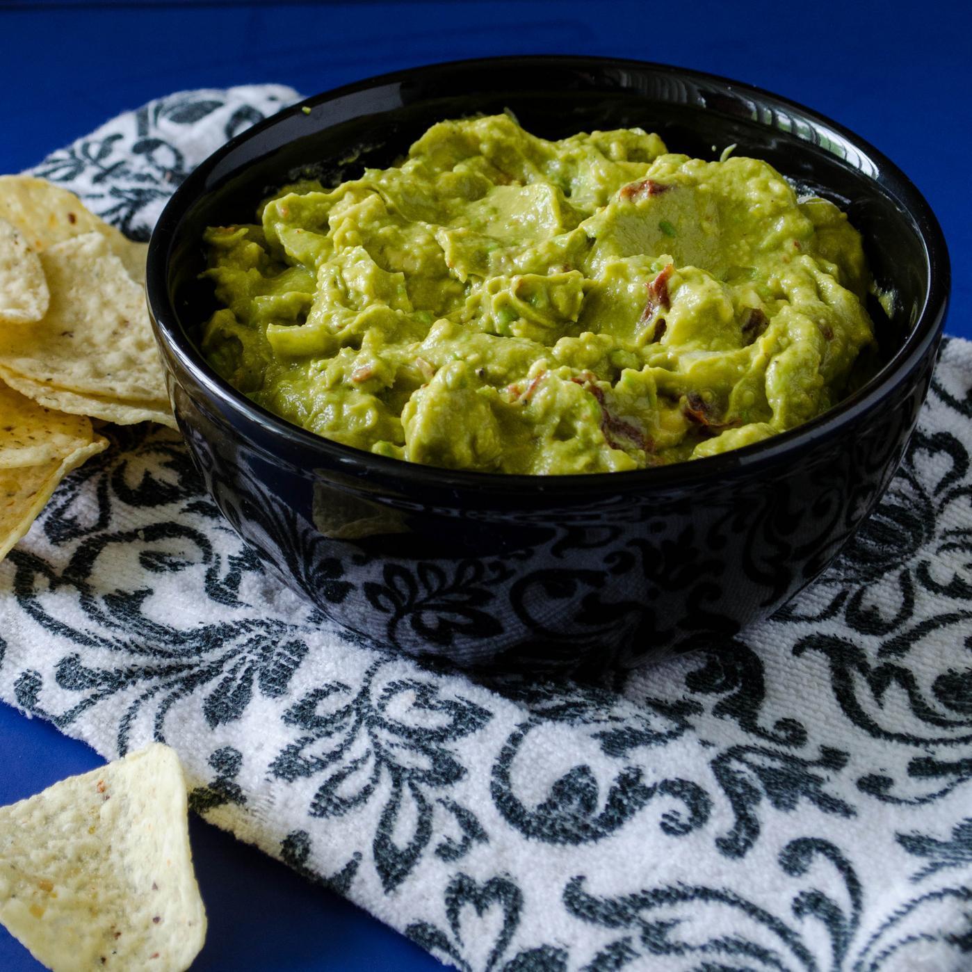 Chipotle Has Finally Unveiled Its Guacamole Recipe