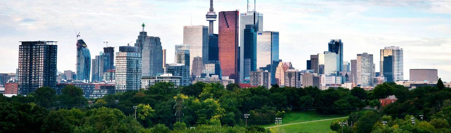 Toronto: Our neighbor to the north abounds with urban and natural delights -- in both English and French.