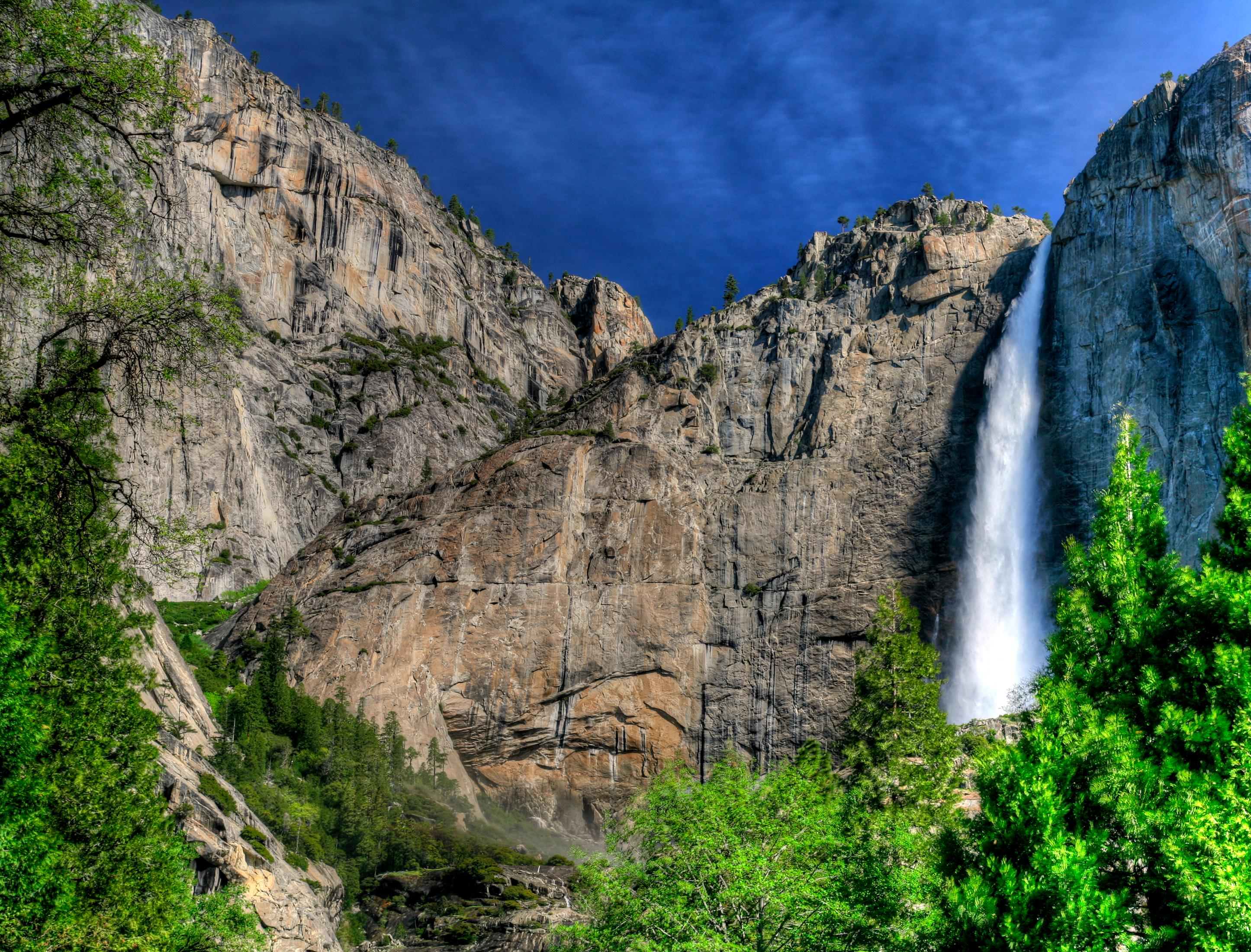 Yosemite Falls California Oh Beautiful Check Out The Most Stunning Waterfalls In America