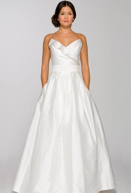 Wedding dresses we love for under 1 000 for Best wedding dresses under 1000