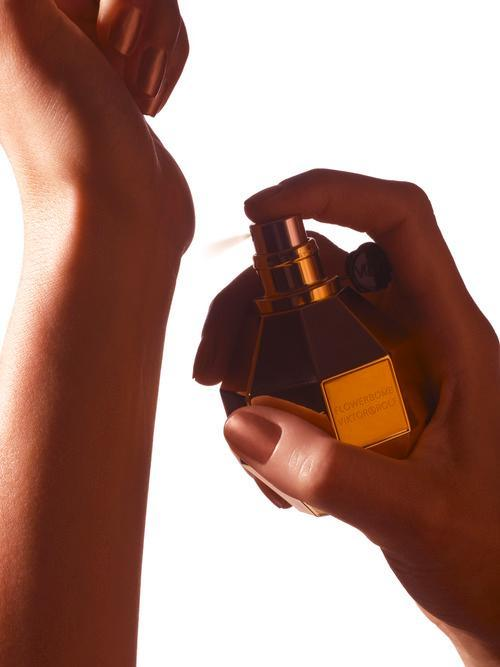 Why You Can't Smell Your Own Perfume