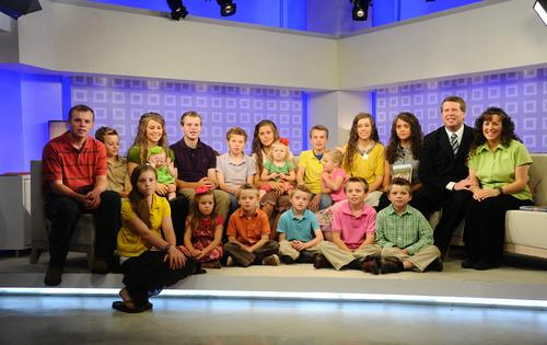 Everything You Need to Know About the Petition to Get the Duggars Off the Air